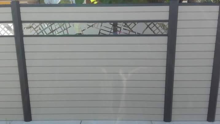 Panneaux occultants en aluminium